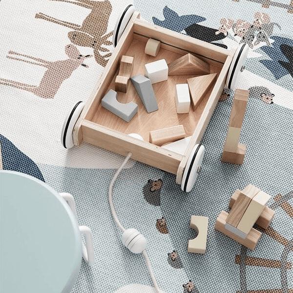 1000195 Speelgoedwinkel Daantje Kids Concept houten blokken in wagentje