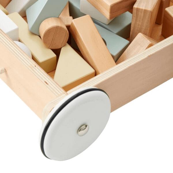 1000195 Speelgoedwinkel Daantje Kids Concept houten trekwagentje met houten blokken detail
