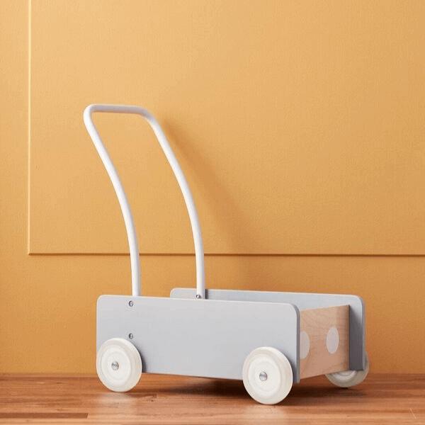 1000279 Speelgoedwinkel Daantje Kids Concept houten loopwagen blauw