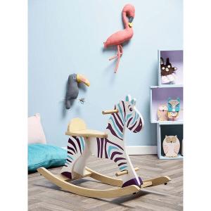 1026 Speelgoedwinkel Daantje Vilac houten hobbelpaard zebra in kinderkamer