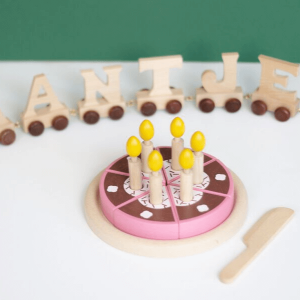 3488 Speelgoedwinkel Daantje verjaardagstaart hout
