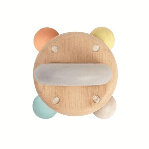 5250 Speelgoedwinkel Daantje Plan Toys houten rammelaar baby speelgoed bovenkant