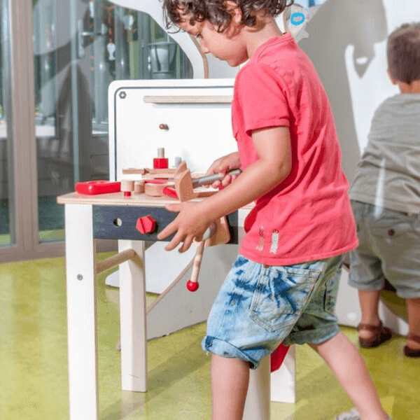 Speelgoedwinkel Daantje houten werkbank impressie